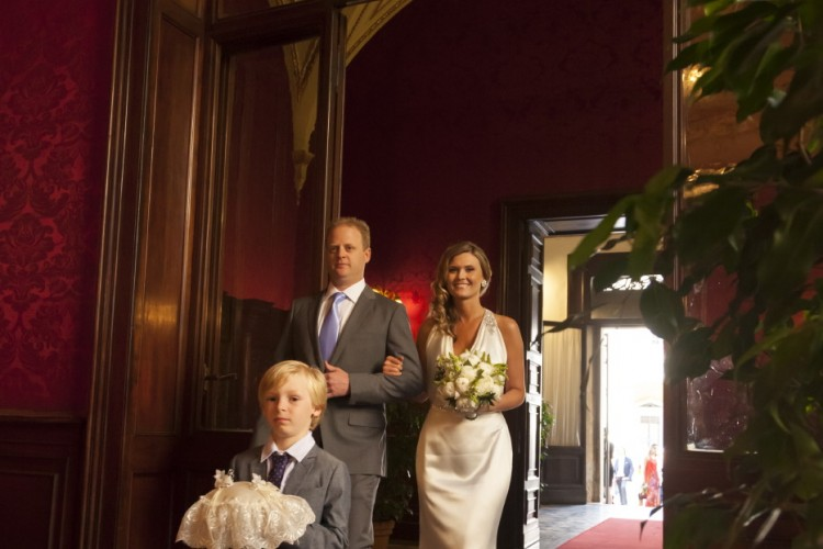 Civil Wedding in Rome and page boy