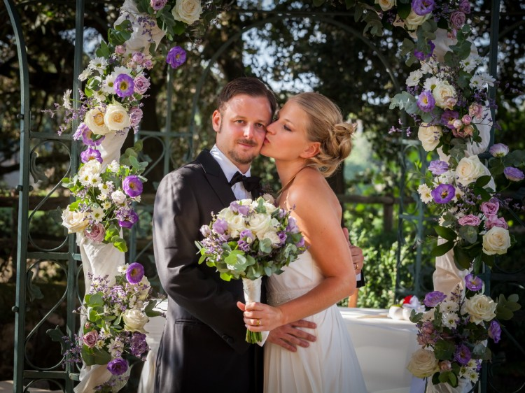 Colourful Flowers decoration with Bride & Groom in a Romantic Garden Wedding in Rome