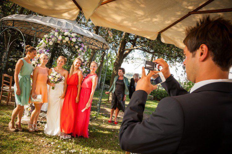 Bridal wedding party snap shot