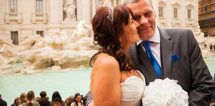 Wedding in Rome photo tour Trevi Fountain