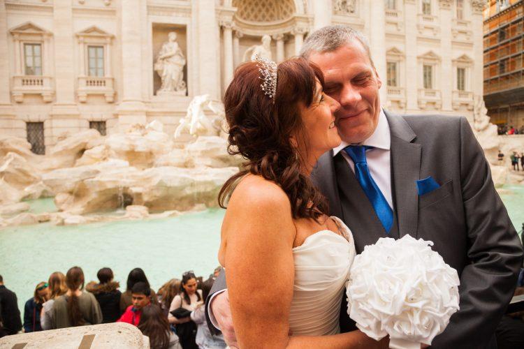 Wedding in Rome photo tour Trevi Fountain
